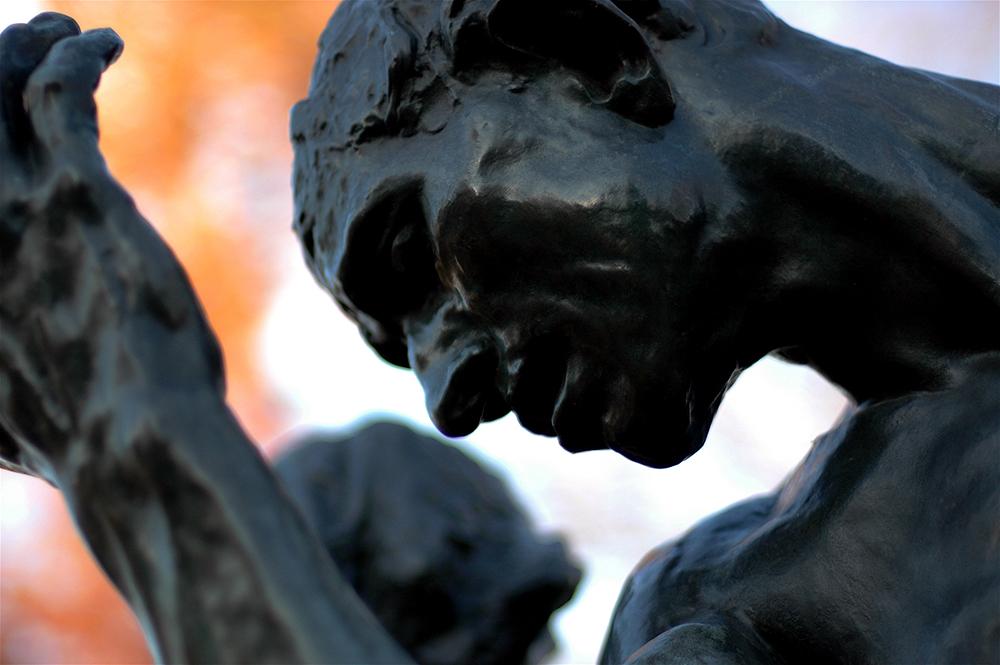 anal ados de pres le baiser dans le sculpture de auguste rodin