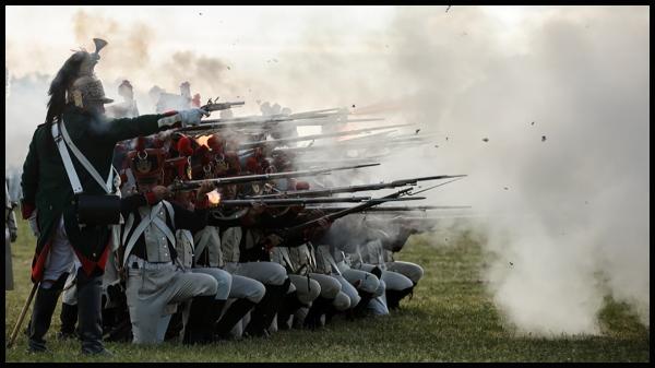 soldats-napoleoniens-lors-de-la-reconstitution-d-une-bataille-dpurb site web illustration.jpg