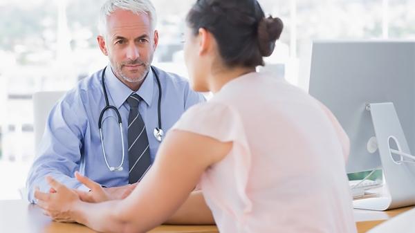 Femme-et-son-médecin_france d'purb dpurb site web